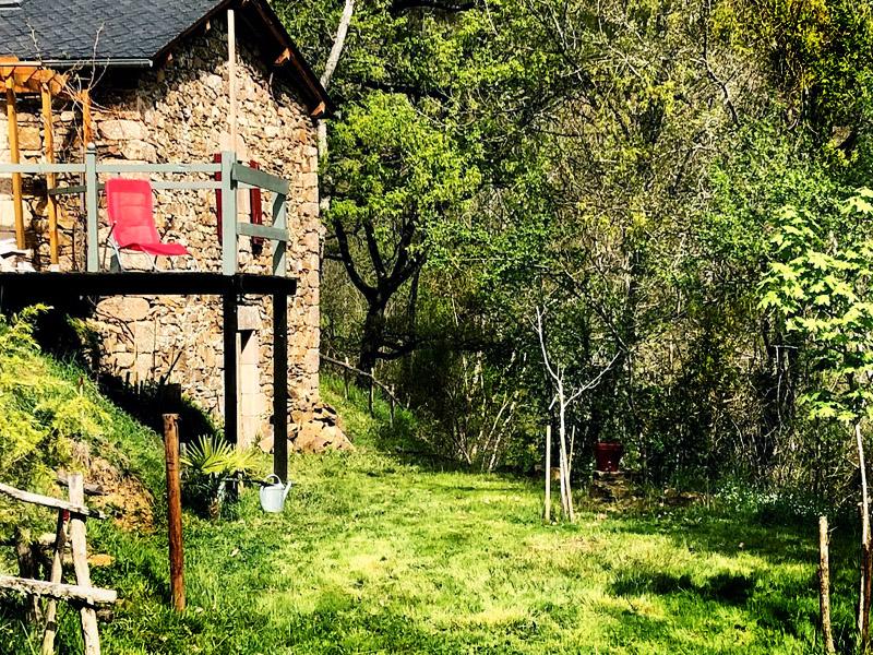 Chambre en alcôve dans une cabane location aveyron