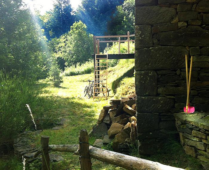 cabane gite en location aveyron-occitanie